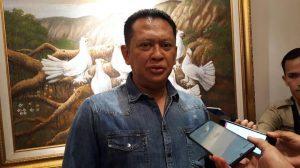 Ketua DPR- Tak Ada Salahnya Presiden Beri Pengampunan ke Baiq Nuril