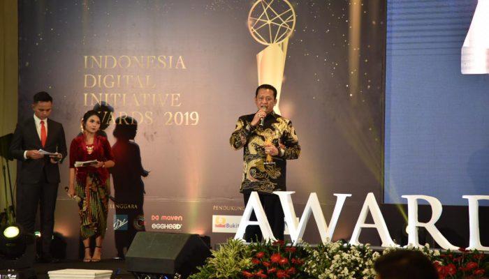 Ketua DPR RI Raih Penghargaan Indonesia Digital Initiative Awards 2019