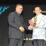 Bamsoet Raih Penghargaan Democracy Award 3