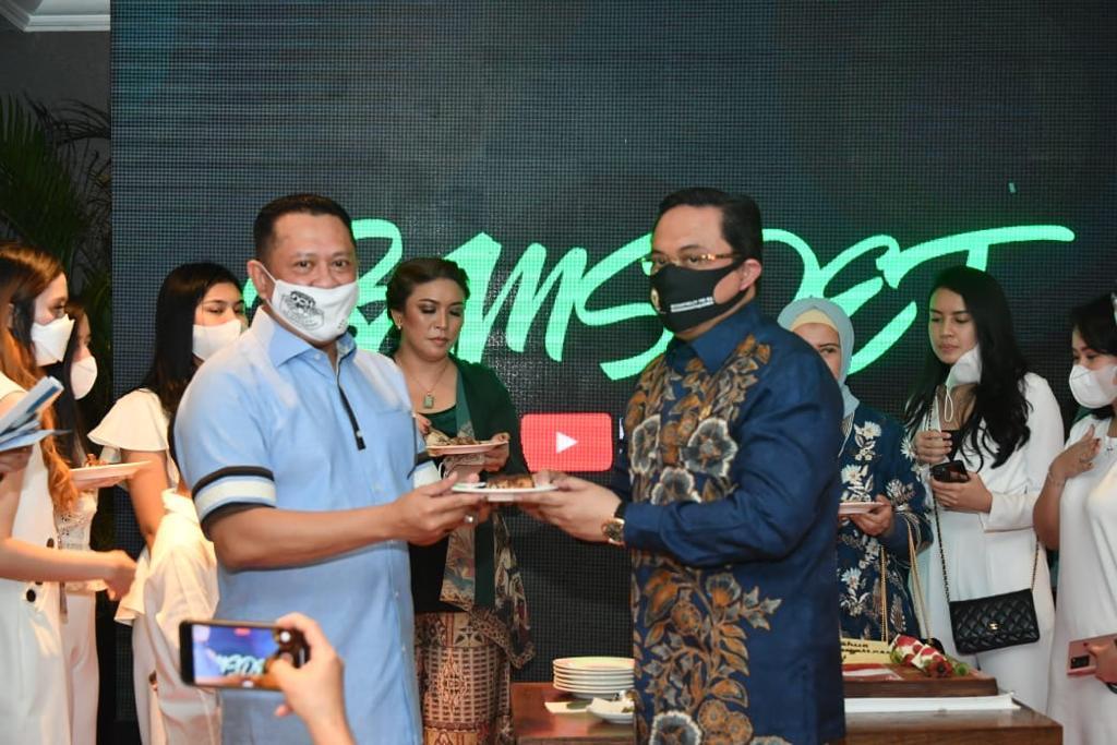 Bamsoet dalam peluncuran akun youtube Bamsoet Channel dan Podcast Ngompol, di Jakarta, Kamis (10/9/20).