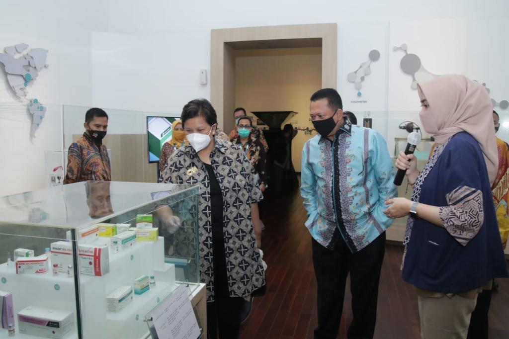 Kunjungi Bio Farma, Bamsoet Pastikan Vaksin Corona Akhir Tahun Sudah Diproduksi Massal
